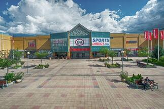 CBRE continues to manage Campona and Pólus Center shopping centres