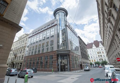 Offices to let in Regus, President Centre
